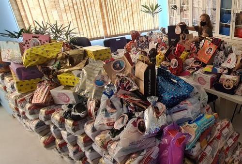 Em campanha solidária, Shopping Curitiba faz novas doações para ONG Afece