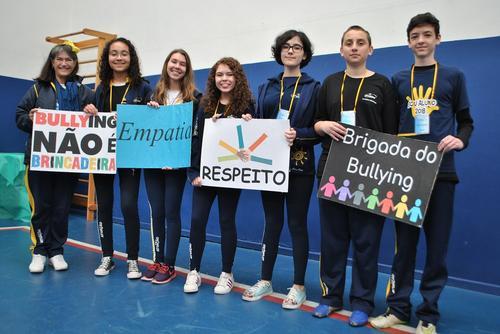 Ação contra assédio em escola é organizada pelos próprios alunos
