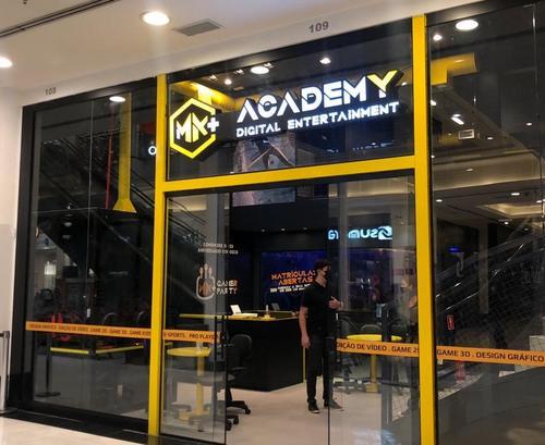 Curitiba ganha unidade da maior rede de escolas gamers do Brasil