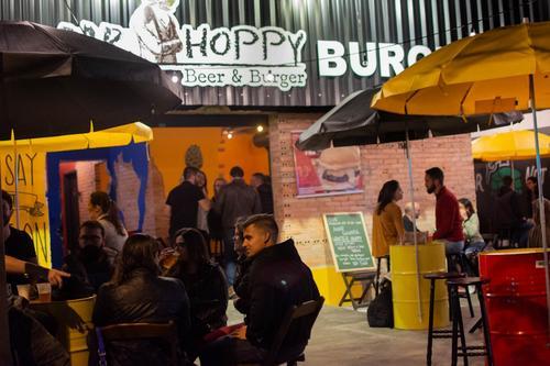 Mr. Hoppy Cabral/Boa Vista comemora três meses com desconto em chopes e sorteio de brindes