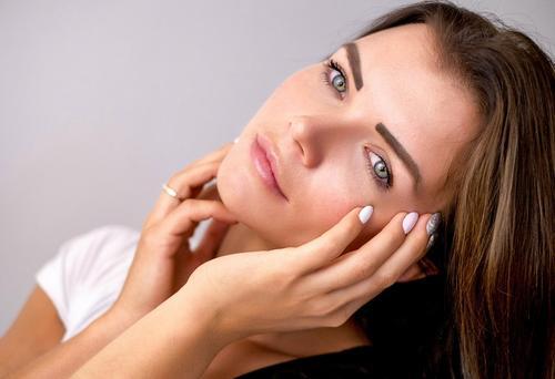 4 passos para uma pele jovem e saudável