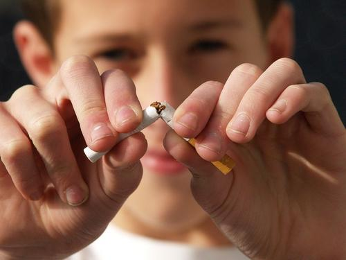 Agosto Branco alerta para a conscientização do câncer de pulmão