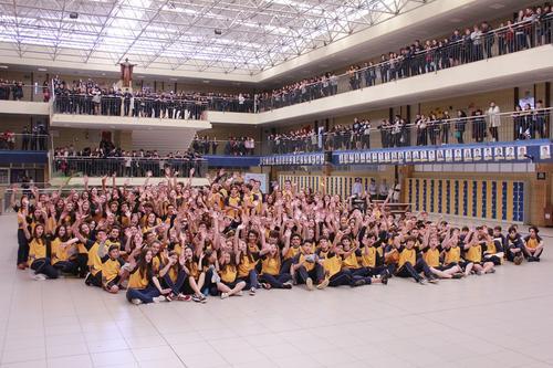 Estudantes de Curitiba participam de competição internacional em Brasília