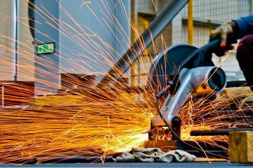 Brasil precisa qualificar mais de 10 milhões de trabalhadores para a indústria até 2023