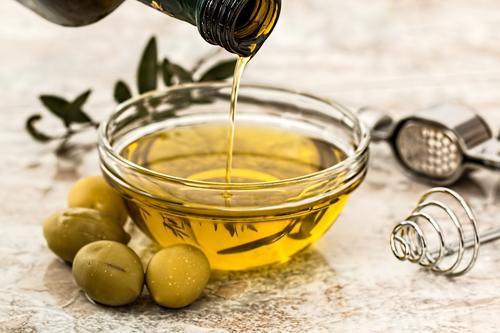 Deixe sua Páscoa mais saborosa: aprenda a harmonizar azeites monovarietais