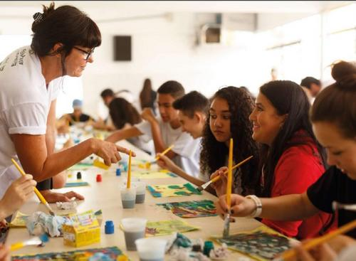 Empresas de Curitiba podem destinar impostos para projetos culturais
