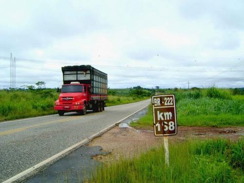 44,7% das rodovias brasileiras apresentam problemas de sinalização