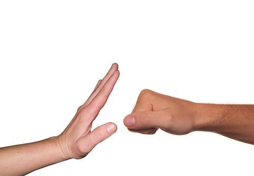 Covid-19 e violência doméstica: agressão em dose dupla