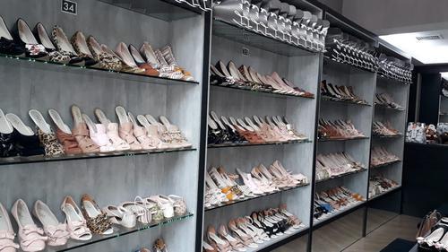 Loja de calçados com preço único de R$ 39,90 é inaugurada em Londrina